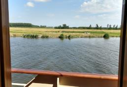 De IJssel tussen Kampen en Zwolle, vanaf de Veerman van Kampen.